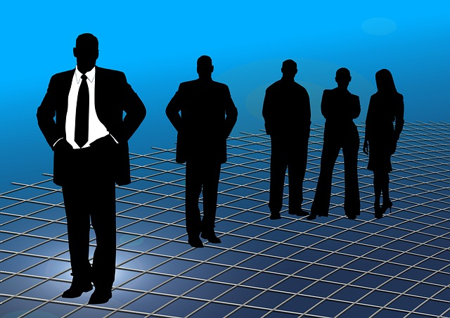 businessmen-246747_640